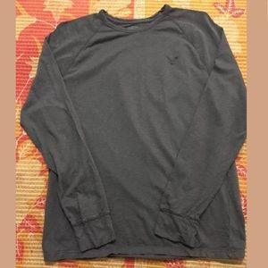 American Eagle Outfitters Long Sleeve T Shirt